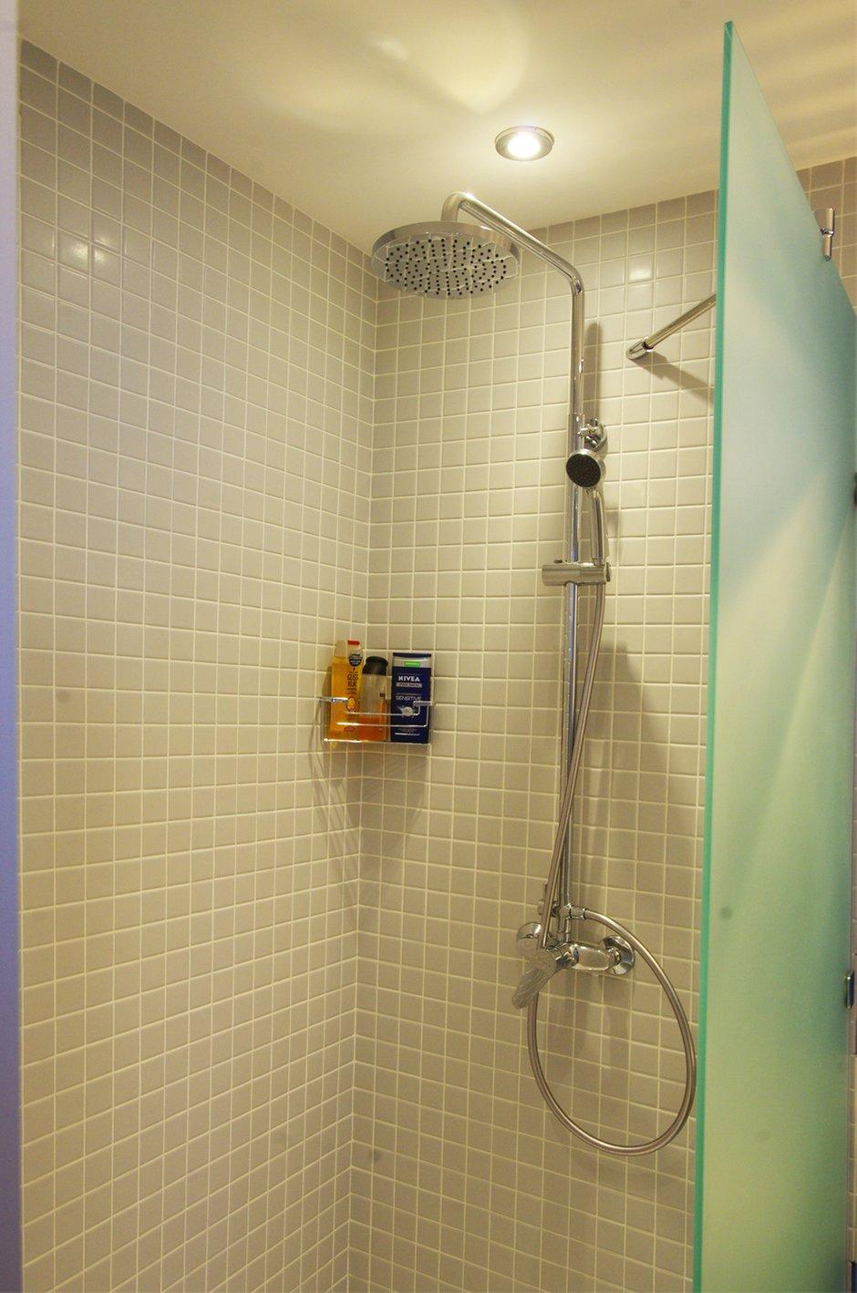Фотография: Ванная в стиле Современный, Хай-тек, Квартира, Дома и квартиры, Проект недели – фото на INMYROOM