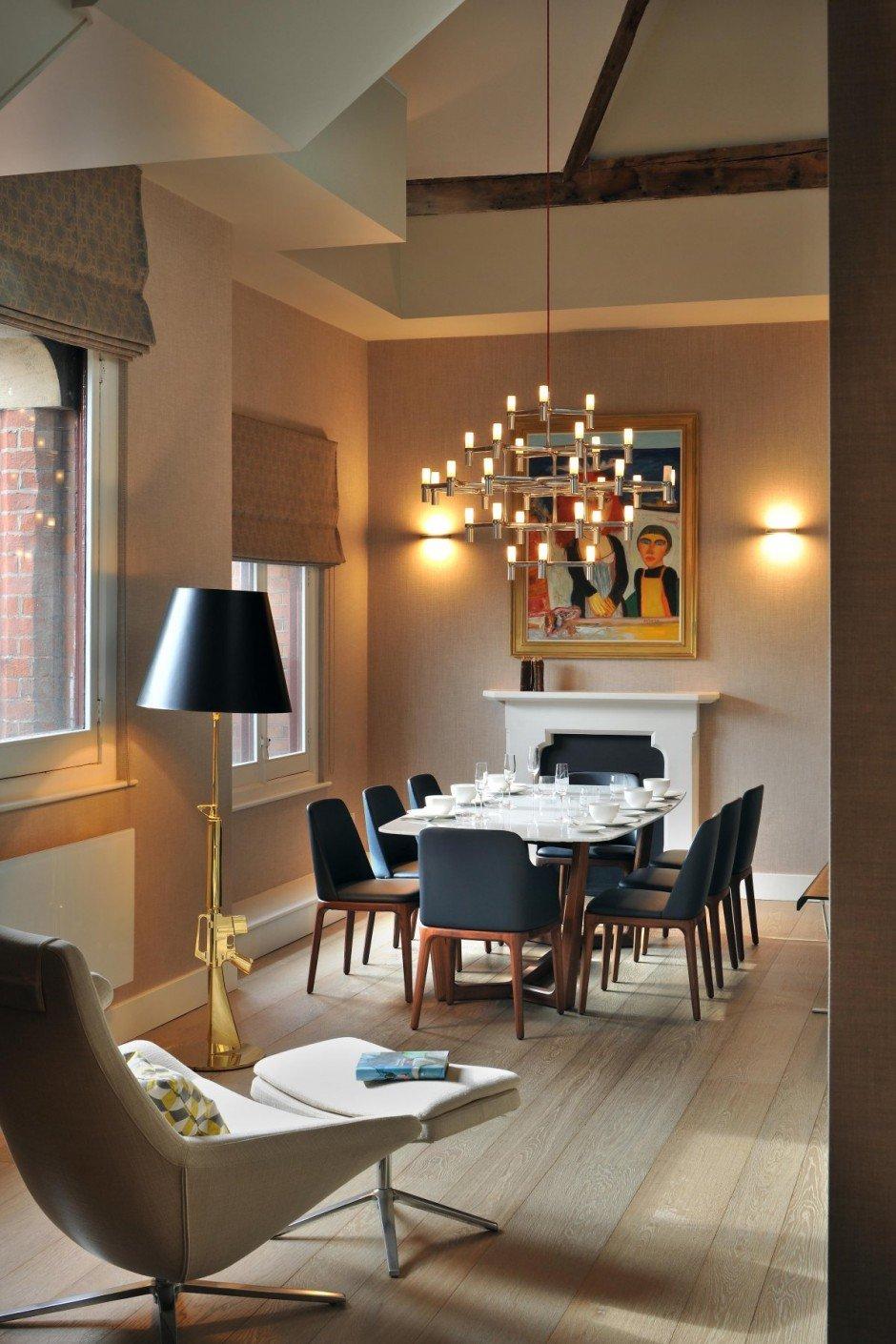 Фотография: Кухня и столовая в стиле Современный, Квартира, Flos, Дома и квартиры, Лондон, Лестница, Библиотека, Готический – фото на InMyRoom.ru
