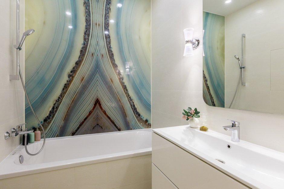 Фотография: Ванная в стиле Современный, Квартира, Проект недели, Новая Москва, Samsung, 3 комнаты, 60-90 метров, the frame, интерьерный телевизор – фото на INMYROOM
