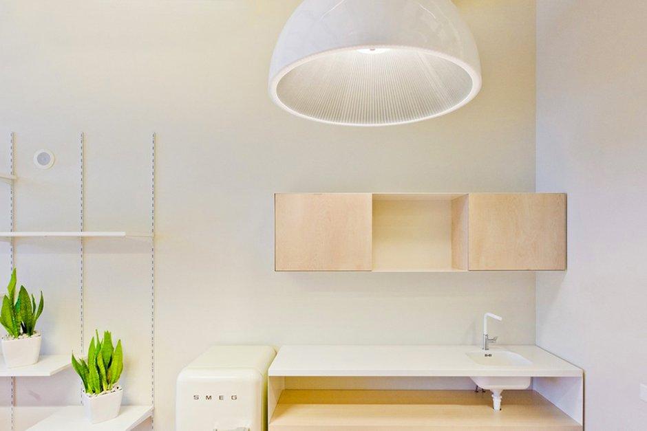 Фотография: Прочее в стиле , Декор интерьера, Офисное пространство, Офис, Цвет в интерьере, Дома и квартиры, Стены – фото на INMYROOM