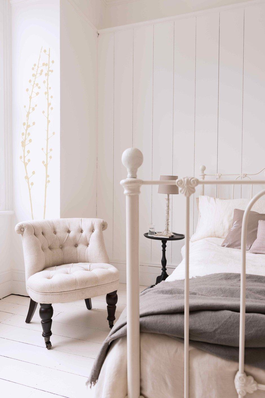 Фотография: Спальня в стиле , Декор интерьера, Дизайн интерьера, Цвет в интерьере, Dulux, Akzonobel – фото на INMYROOM