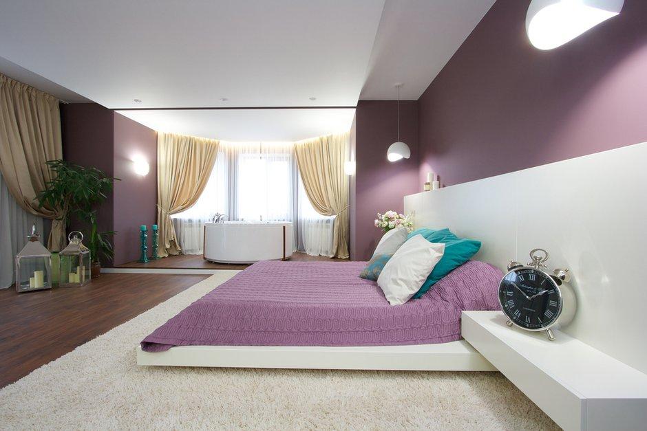 Фотография: Спальня в стиле Современный, Дом, Планировки, Мебель и свет, Дома и квартиры, Мансарда – фото на INMYROOM