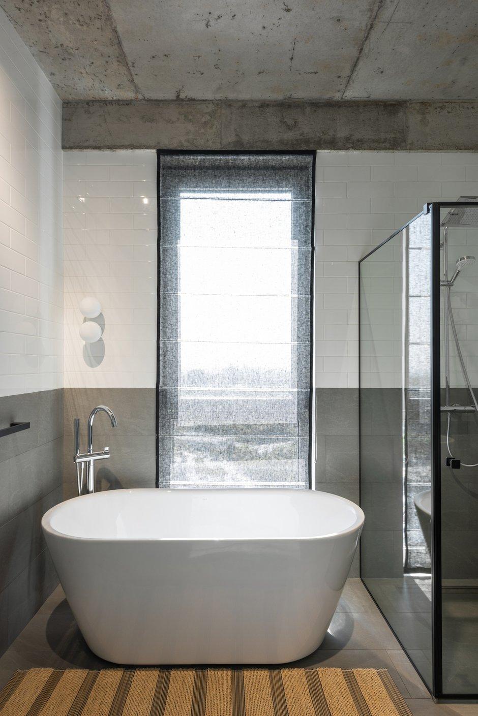 Фотография:  в стиле , Современный, Квартира, Проект недели, Киев, PLANiUM, 4 и больше, Более 90 метров – фото на INMYROOM