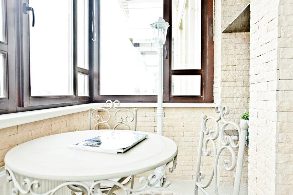 Фотография: Кухня и столовая в стиле Современный, Квартира, Цвет в интерьере, Дома и квартиры – фото на INMYROOM