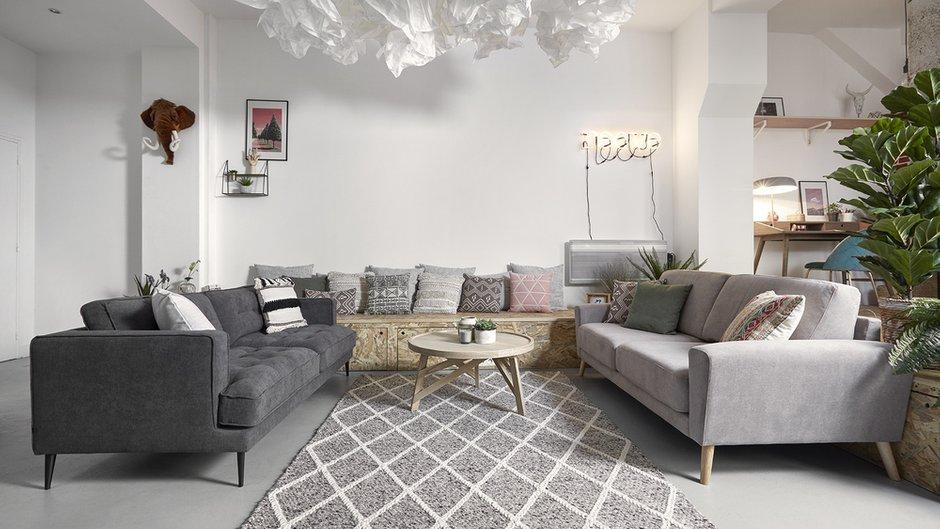 Фотография: Гостиная в стиле Скандинавский, Карта покупок, Мебель и свет – фото на INMYROOM