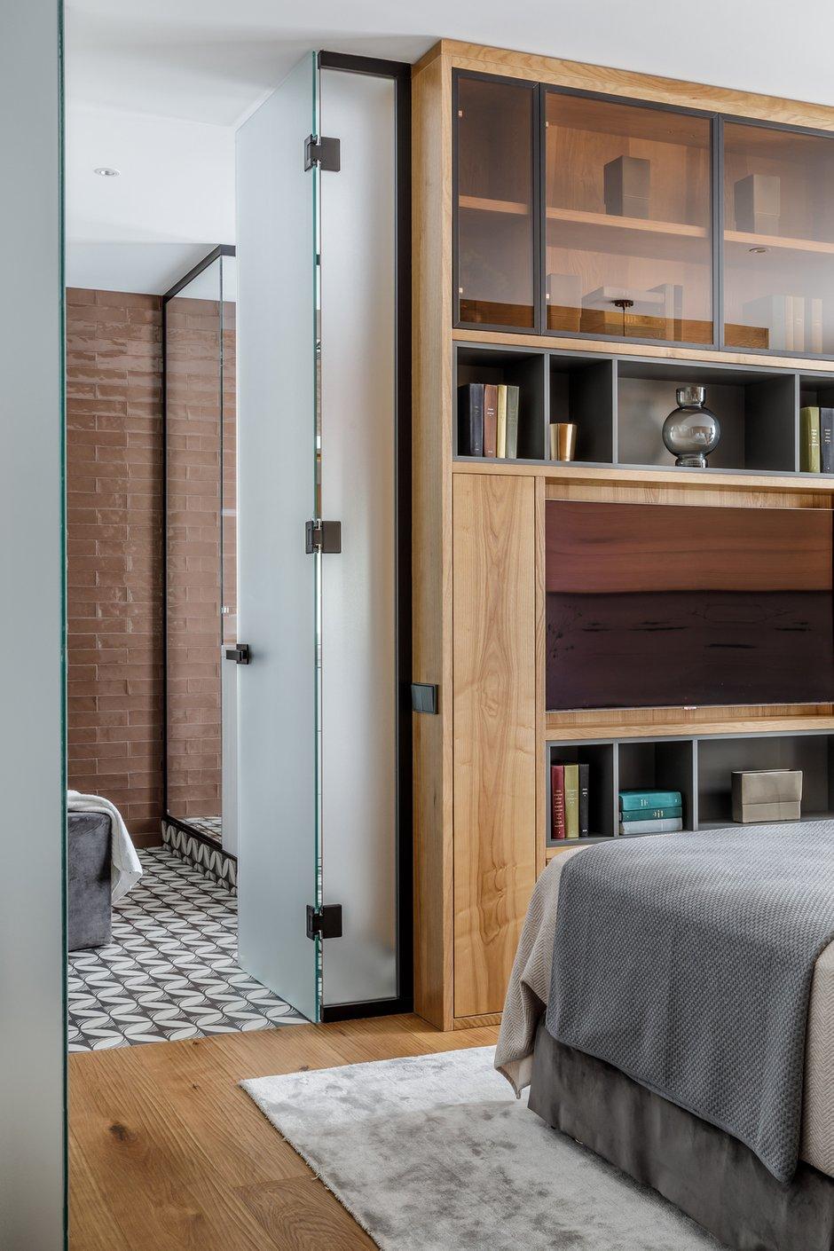Фотография: Спальня в стиле Современный, Квартира, Проект недели, Москва, Архитектурная студия «ЧАДО», 4 и больше, Более 90 метров – фото на INMYROOM