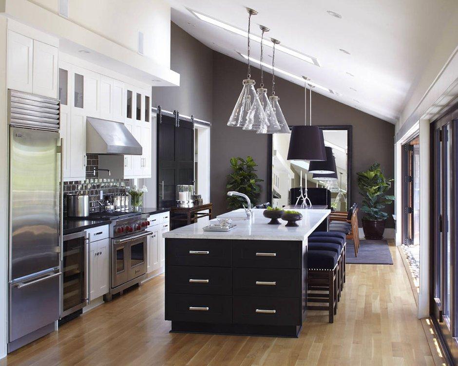 Фотография: Кухня и столовая в стиле Современный, Дом, Терраса, Дома и квартиры, Бассейн, Калифорния – фото на INMYROOM