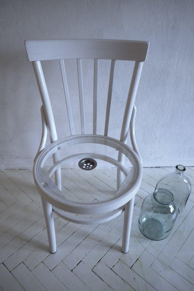 Фотография: Мебель и свет в стиле Современный, August, Индустрия, Люди, Стулья – фото на INMYROOM