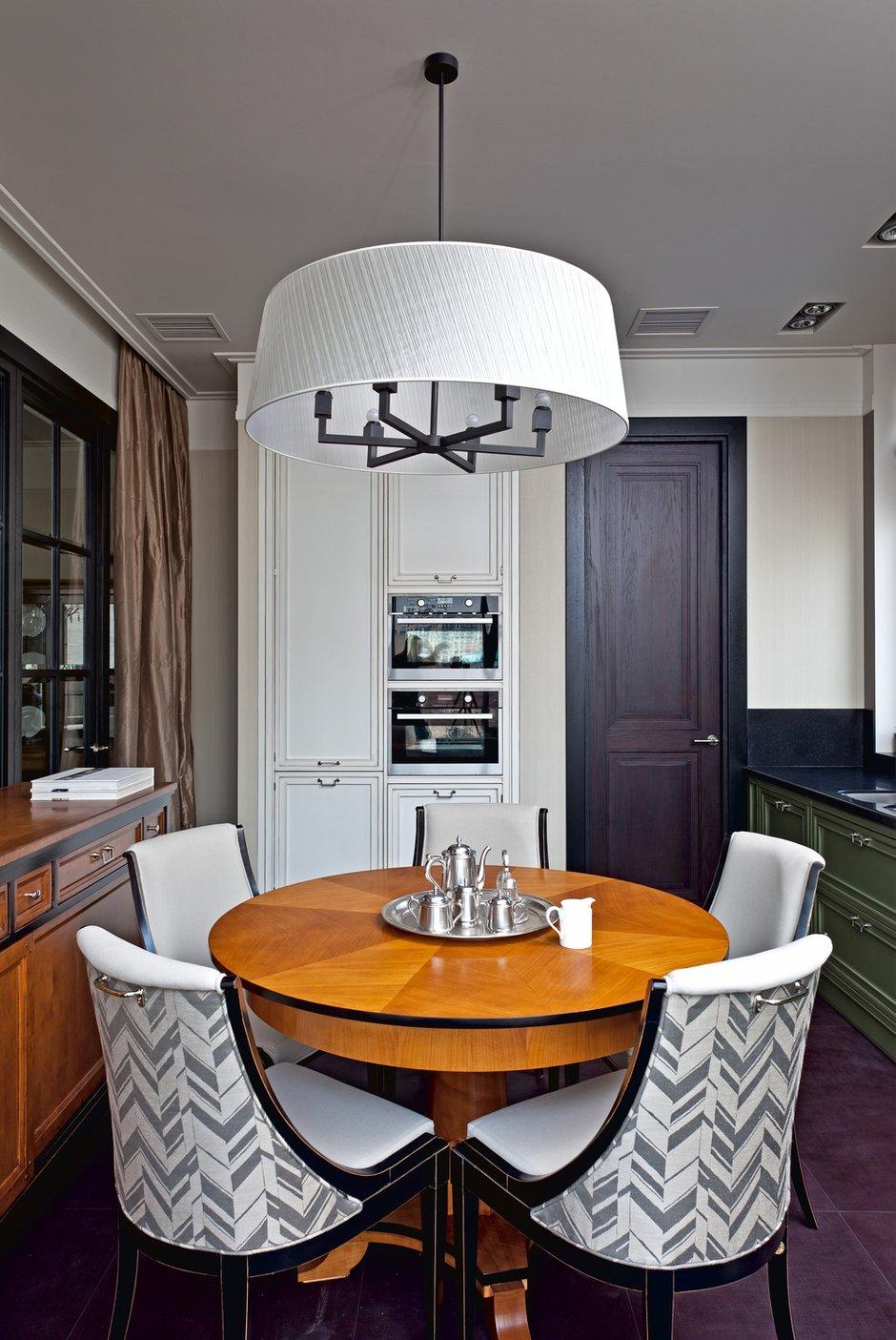 Фотография: Кухня и столовая в стиле , Дом, Дома и квартиры – фото на INMYROOM