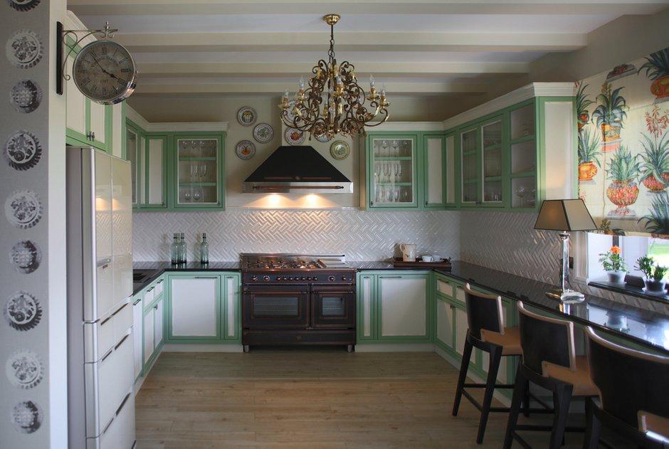 Фотография: Кухня и столовая в стиле Эклектика, Дом, Проект недели, Подмосковье – фото на INMYROOM