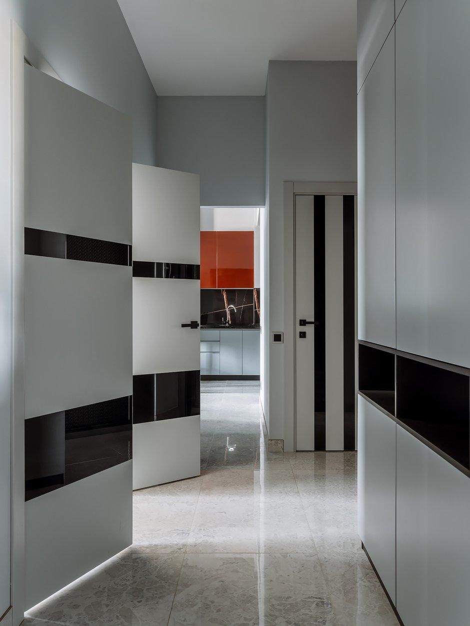 Фотография: Прихожая в стиле Современный, Квартира, Проект недели, 3 комнаты, 60-90 метров – фото на INMYROOM