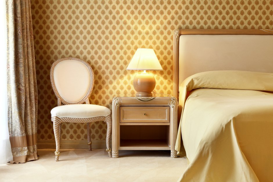 Фотография: Спальня в стиле Классический, Современный, Декор интерьера, Мебель и свет, Кресло – фото на INMYROOM