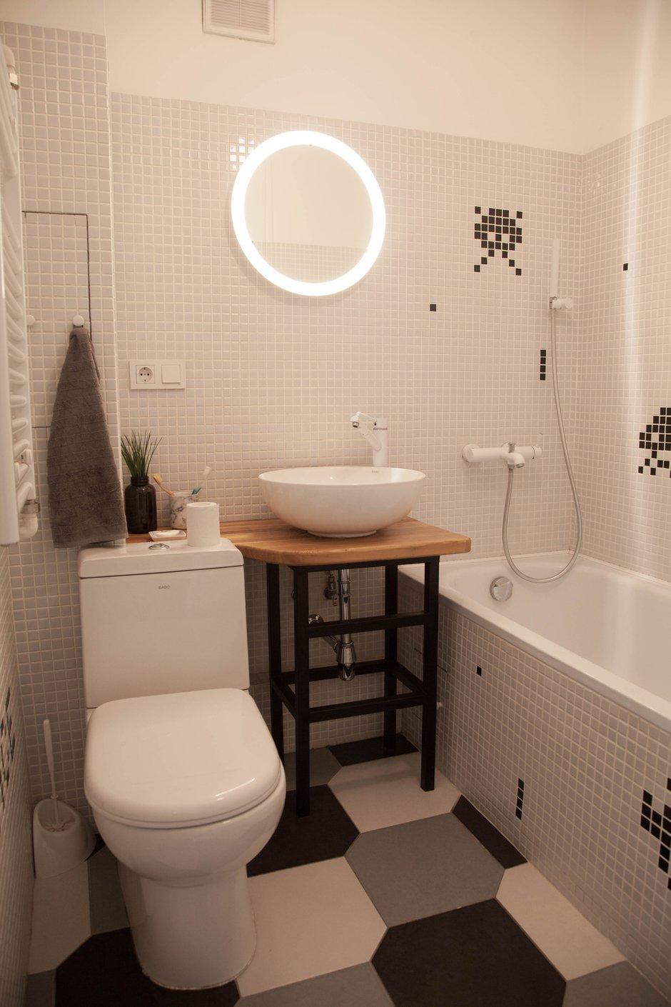 Фотография: Ванная в стиле Скандинавский, Квартира, Проект недели, двухкомнатная квартира, Герой InMyRoom, Казахстан, Хрущевка – фото на INMYROOM