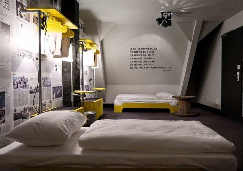 Фотография: Спальня в стиле Эклектика, Дома и квартиры, Городские места, Отель, Проект недели, Хостел – фото на INMYROOM