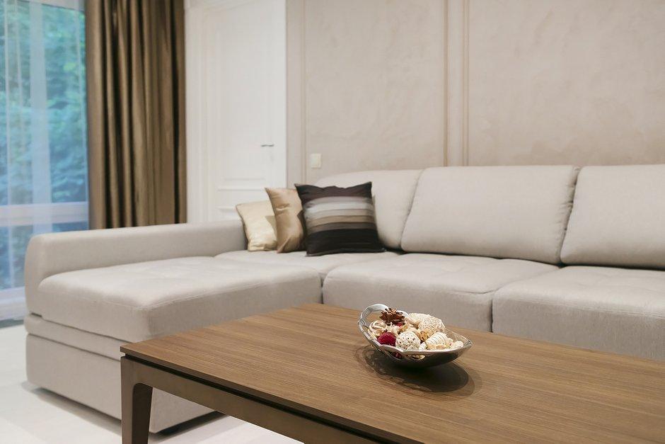 Фотография: Гостиная в стиле Современный, Классический, Квартира, Дома и квартиры, Проект недели – фото на INMYROOM