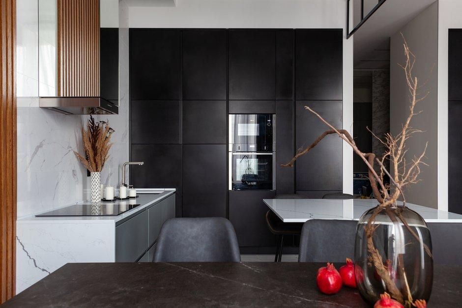 Фотография: Кухня и столовая в стиле Современный, Квартира, Проект недели, Москва, 3 комнаты, Более 90 метров – фото на INMYROOM