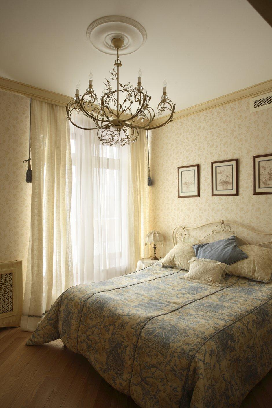 Фотография: Спальня в стиле Прованс и Кантри, Классический, Современный, Квартира, Дома и квартиры, Модерн, Ар-нуво – фото на INMYROOM