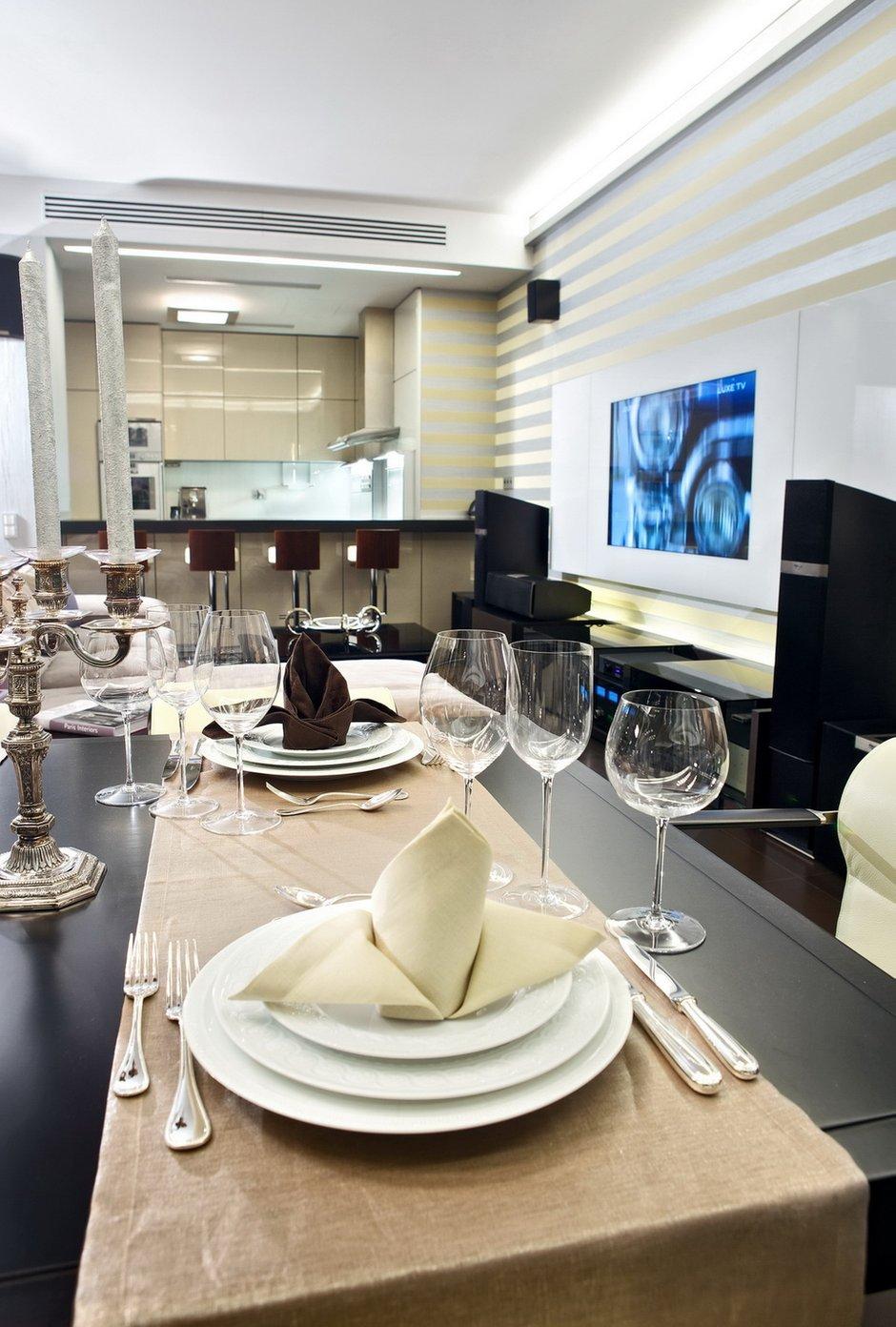 Фотография: Кухня и столовая в стиле Классический, Современный, Декор интерьера, Квартира, Miele, Дома и квартиры – фото на INMYROOM