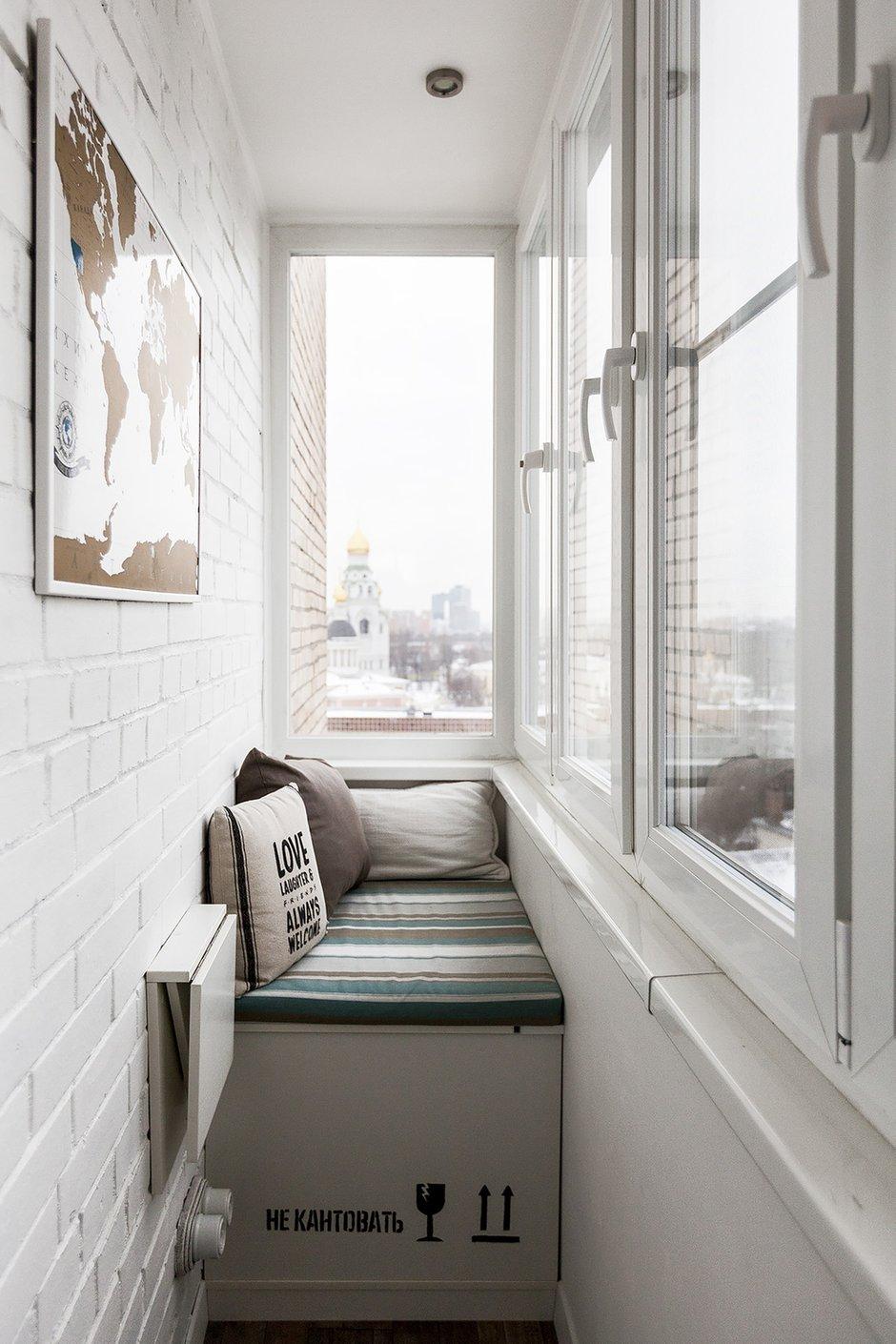 Фотография: Балкон в стиле Скандинавский, Квартира, Проект недели, Москва, Герой InMyRoom, Кирпичный дом, 2 комнаты, 40-60 метров, Индивидуальный проект – фото на INMYROOM