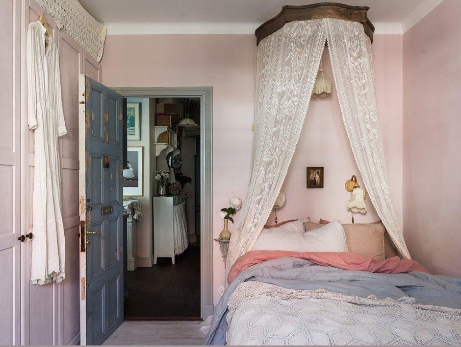 Фотография: Спальня в стиле Прованс и Кантри, Швеция, Гид, скандинавский стиль в интерьере – фото на INMYROOM
