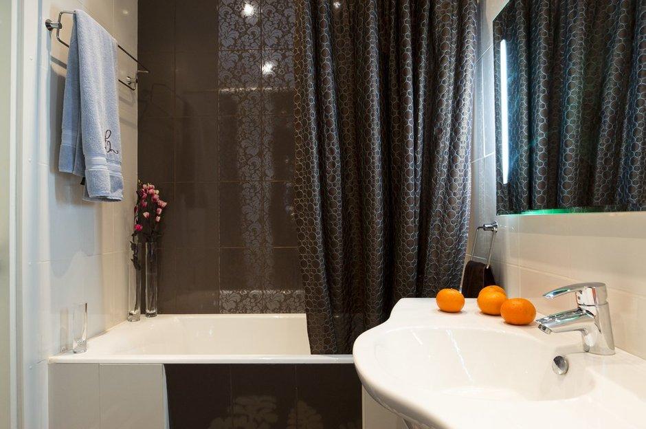 Фотография: Ванная в стиле Современный, Декор интерьера, Квартира, Дома и квартиры, Неоклассика – фото на INMYROOM