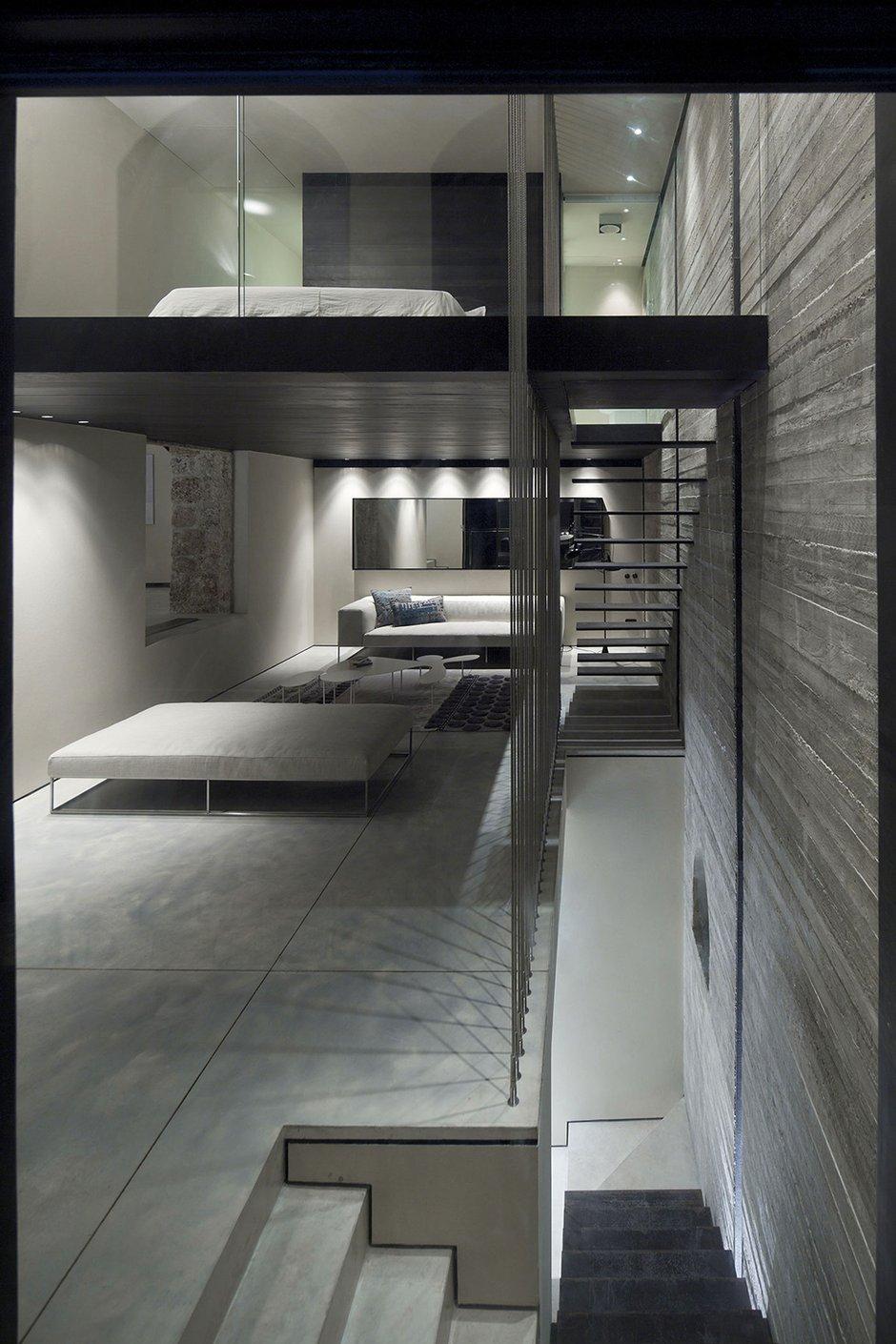 Фотография:  в стиле Лофт, Современный, Декор интерьера, Дом, Дома и квартиры, Архитектурные объекты – фото на INMYROOM