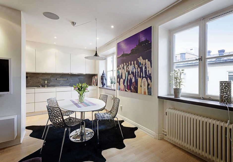 Фотография: Кухня и столовая в стиле Современный, Хай-тек, Малогабаритная квартира, Квартира, Швеция, Дома и квартиры – фото на INMYROOM