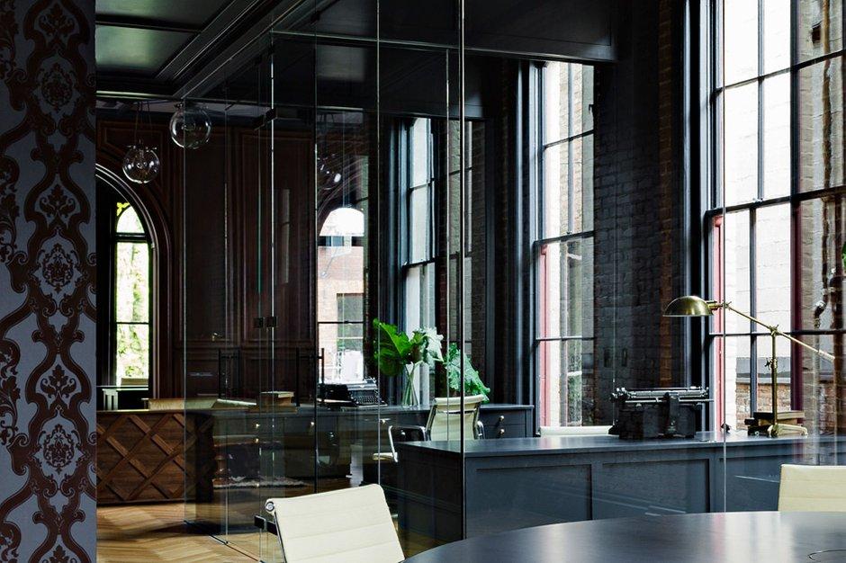 Фотография:  в стиле Современный, Офисное пространство, Офис, Дома и квартиры, Проект недели, Готический – фото на INMYROOM
