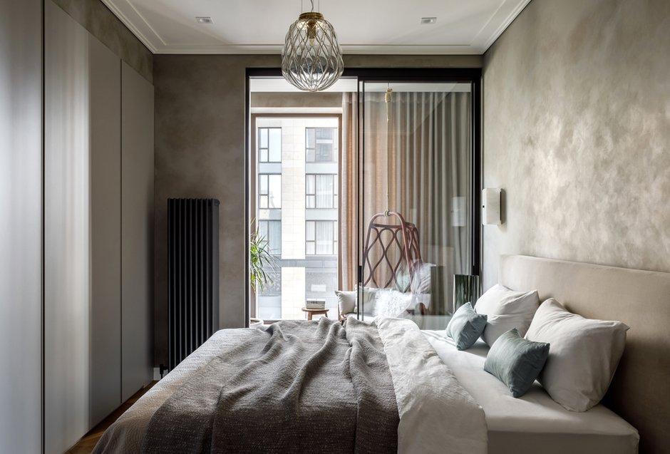Фотография: Спальня в стиле Современный, Квартира, Проект недели, Москва, Айя Лисова, 4 и больше, Более 90 метров, Aiya Design – фото на INMYROOM