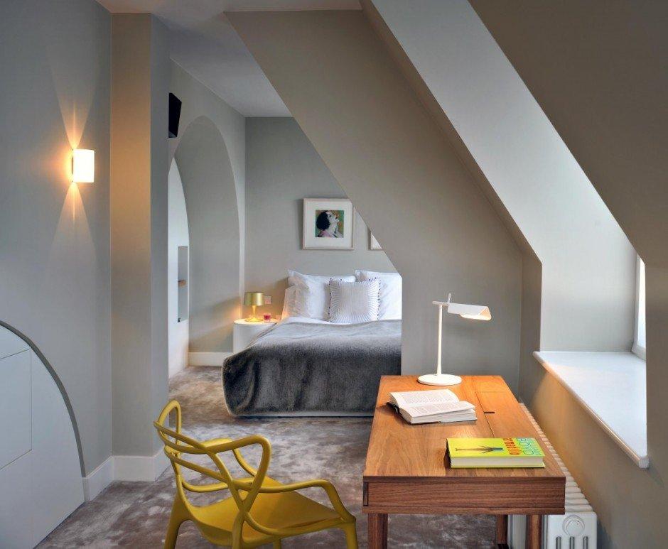 Фотография: Офис в стиле Современный, Квартира, Flos, Дома и квартиры, Лондон, Лестница, Библиотека, Готический – фото на INMYROOM