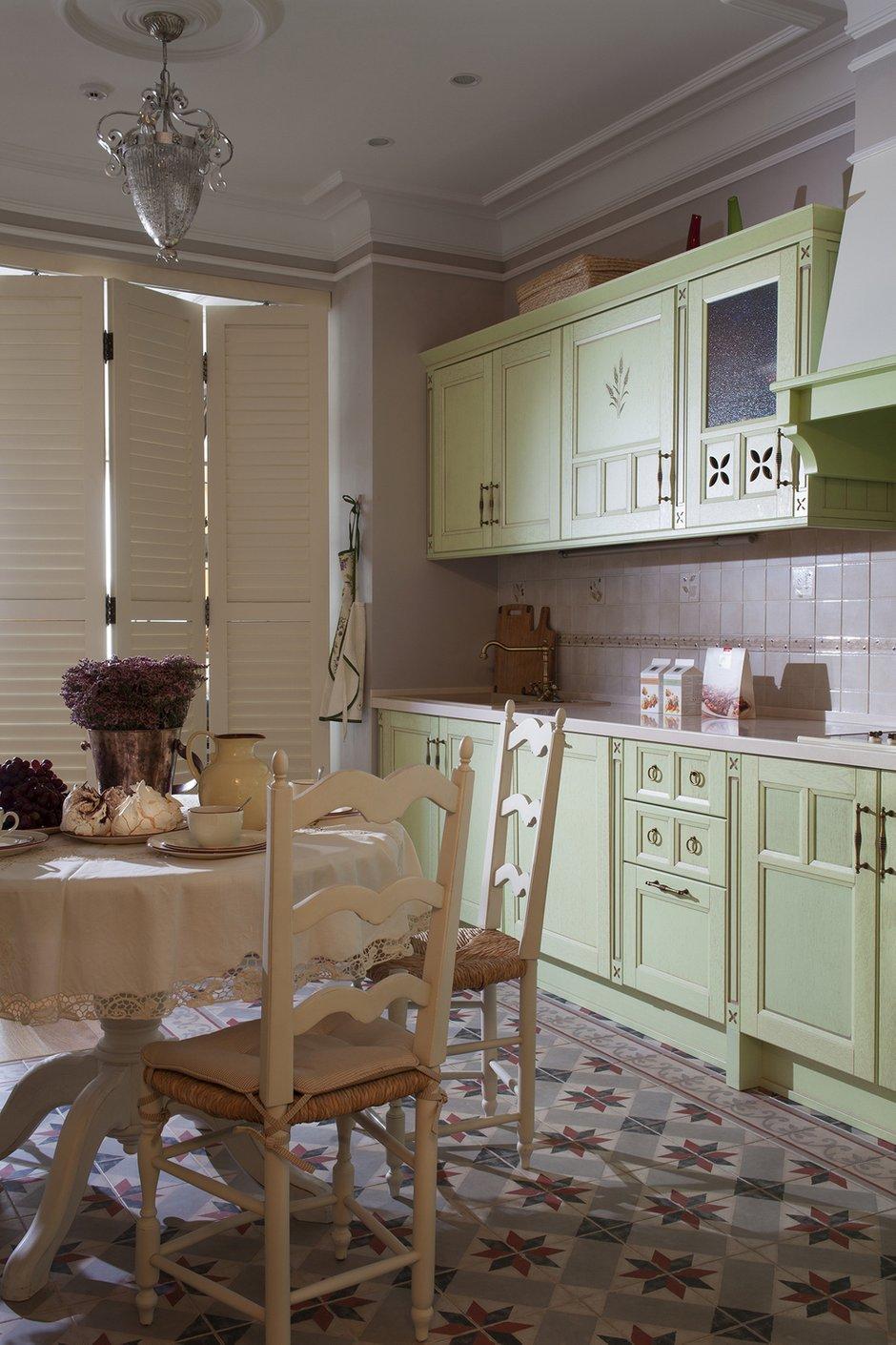 Фотография: Кухня и столовая в стиле Прованс и Кантри, Современный, Декор интерьера, Квартира, Guadarte, Дома и квартиры, Прованс – фото на INMYROOM