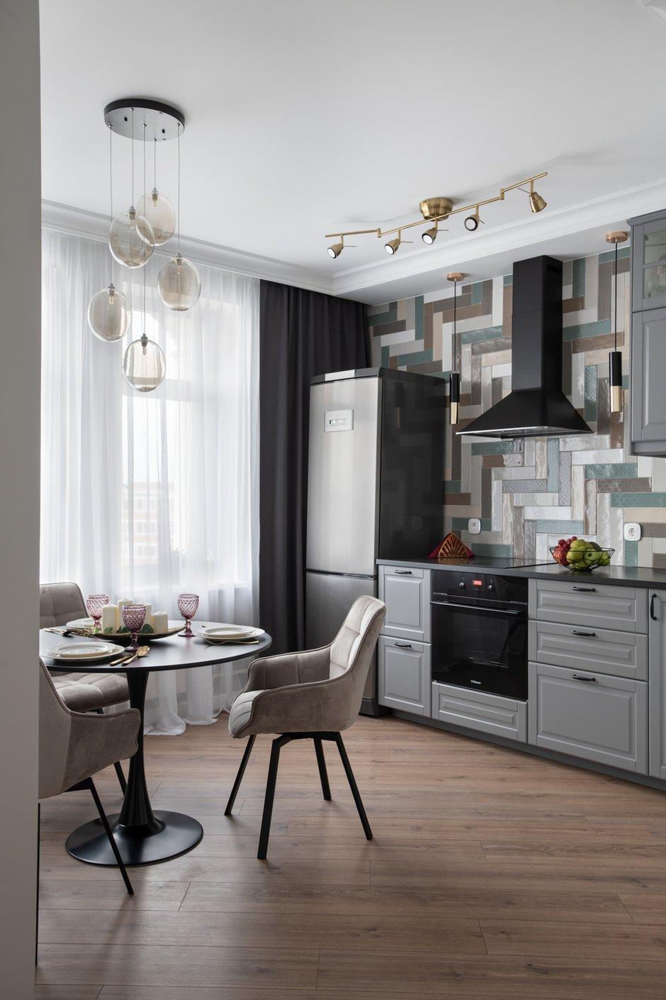 Фотография: Кухня и столовая в стиле Современный, Эклектика, Квартира, Советы, 2 комнаты, 60-90 метров, Юлия Горбунова – фото на INMYROOM
