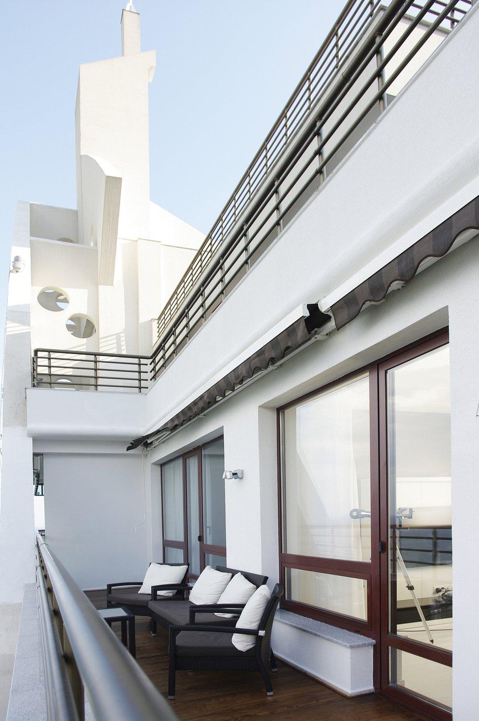 Фотография: Балкон, Терраса в стиле Современный, Квартира, Цвет в интерьере, Дома и квартиры, Белый, Минимализм – фото на InMyRoom.ru