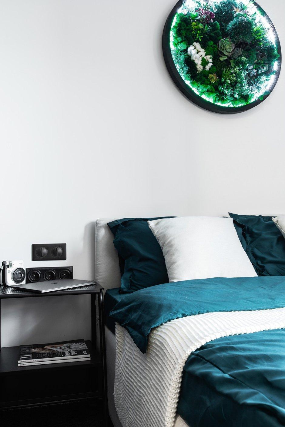 Фотография: Спальня в стиле Минимализм, Квартира, Студия, Проект недели, Москва, до 40 метров, Давид Аксенов – фото на INMYROOM