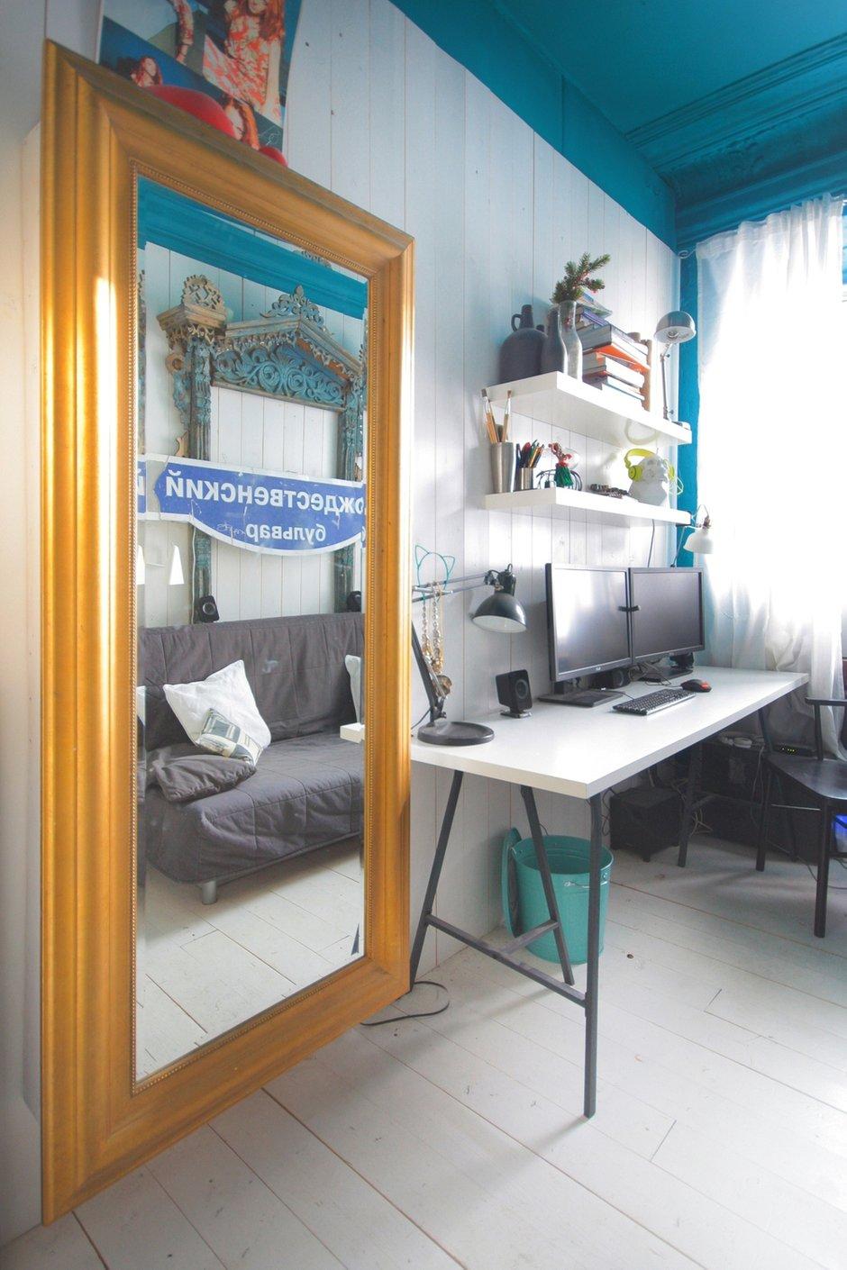 Фотография: Офис в стиле Современный, Малогабаритная квартира, Квартира, Цвет в интерьере, Дома и квартиры, Белый, Бирюзовый – фото на INMYROOM