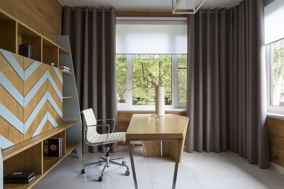 Фотография: Кабинет в стиле Современный, Дом, 4 и больше, Более 90 метров, Студия TS Design, #эксклюзивныепроекты – фото на INMYROOM