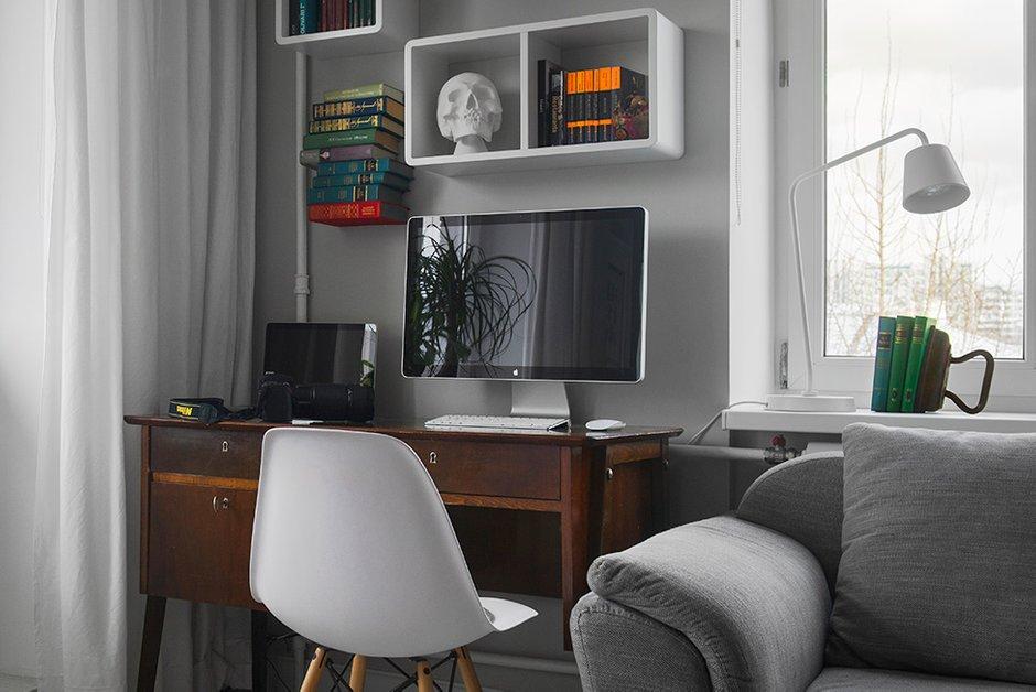Фотография: Кабинет, Офис в стиле Современный, Малогабаритная квартира, Квартира, Дома и квартиры, IKEA, Проект недели, Максим Тихонов, Ольга Мелекесцева, Хрущевка, 1 комната, до 40 метров – фото на INMYROOM