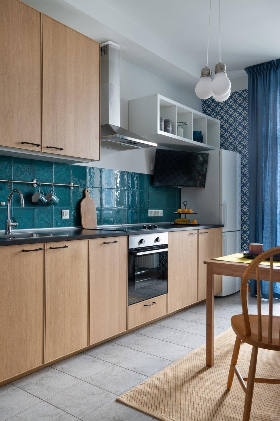 Фотография: Кухня и столовая в стиле Современный, Малогабаритная квартира, Квартира, Проект недели, Москва, 1 комната, 40-60 метров, Светлана Краснова – фото на INMYROOM