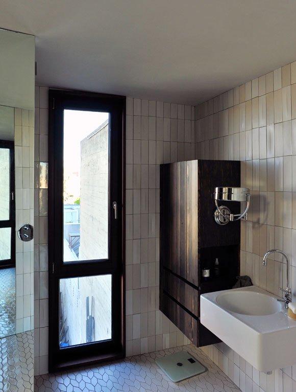 Фотография: Ванная в стиле Современный, Декор интерьера, Дом, Дома и квартиры – фото на INMYROOM