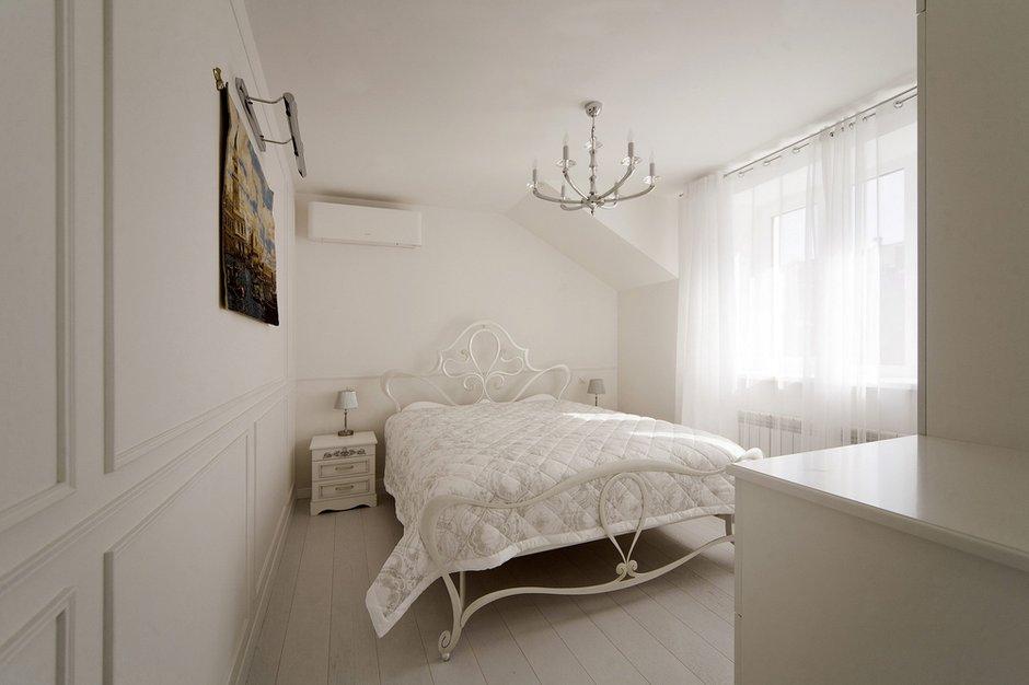Фотография: Спальня в стиле Классический, Квартира, Дома и квартиры – фото на INMYROOM