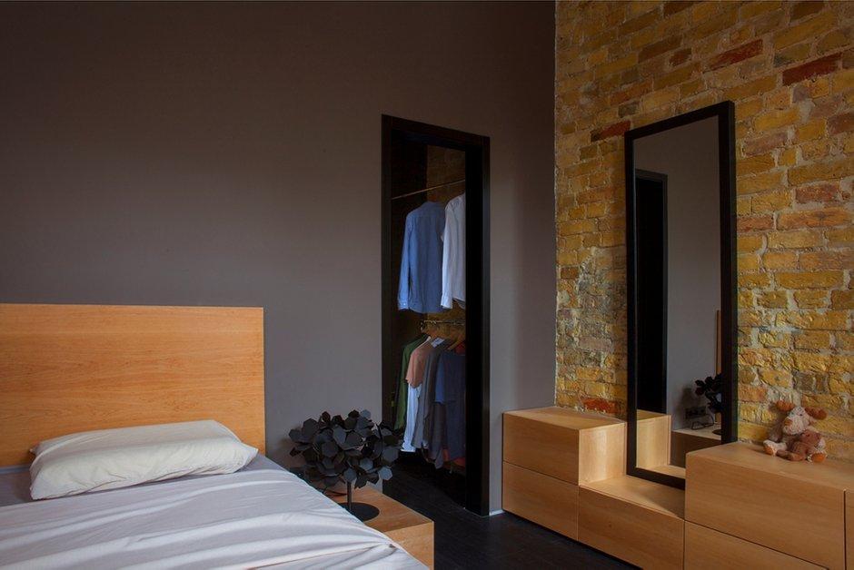 Фотография: Спальня в стиле Современный, Малогабаритная квартира, Квартира, Украина, Vitra, Дома и квартиры, Перепланировка, Библиотека, Киев, Подиум – фото на INMYROOM