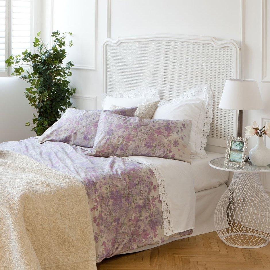Фотография: Спальня в стиле Прованс и Кантри, Аксессуары, Текстиль, Индустрия, Новости, Посуда, Свечи, Zara Home – фото на INMYROOM