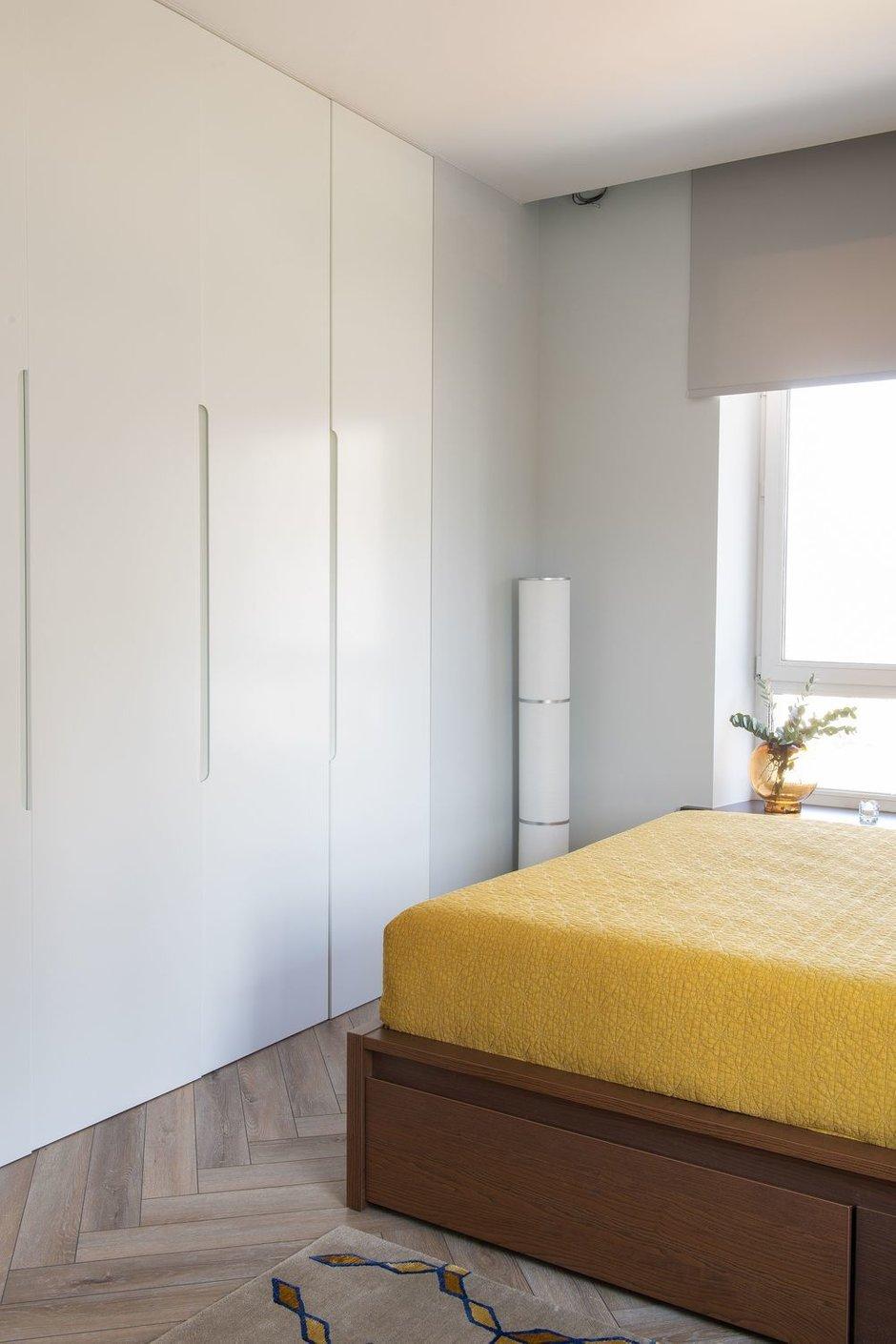 Фотография: Спальня в стиле Современный, Минимализм, Квартира, Проект недели, Москва, Buro Brainstorm, 3 комнаты, 60-90 метров – фото на INMYROOM