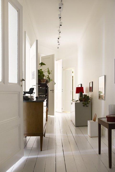 Фотография:  в стиле Скандинавский, Малогабаритная квартира, Квартира, Швеция, Дома и квартиры – фото на INMYROOM