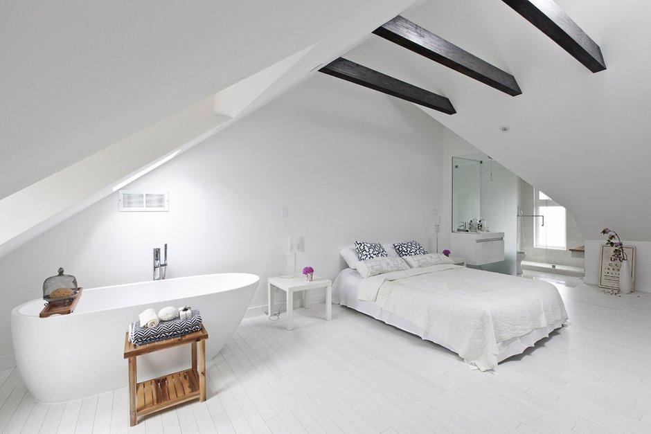 Фотография:  в стиле , Дом, Дома и квартиры, Мансарда – фото на INMYROOM