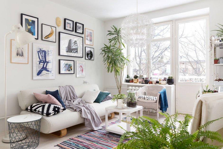 Фотография: Гостиная в стиле Скандинавский, Мебель и свет, Советы, уборка, секреты уборки, как облегчить процесс уборки, простая уборка – фото на INMYROOM