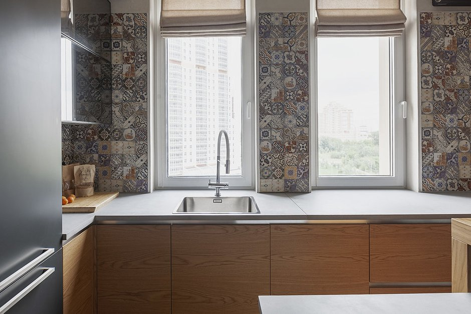 Фотография: Кухня и столовая в стиле Минимализм, Miele, Гид, Маргарета Шютте-Лихоцки, G7000, кто придумал кухню, франкфуртская кухня – фото на INMYROOM