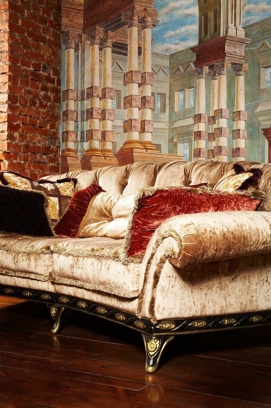 Фотография: Мебель и свет в стиле Классический, Современный, Декор интерьера, Квартира, Дом, Декор дома, Стена – фото на InMyRoom.ru