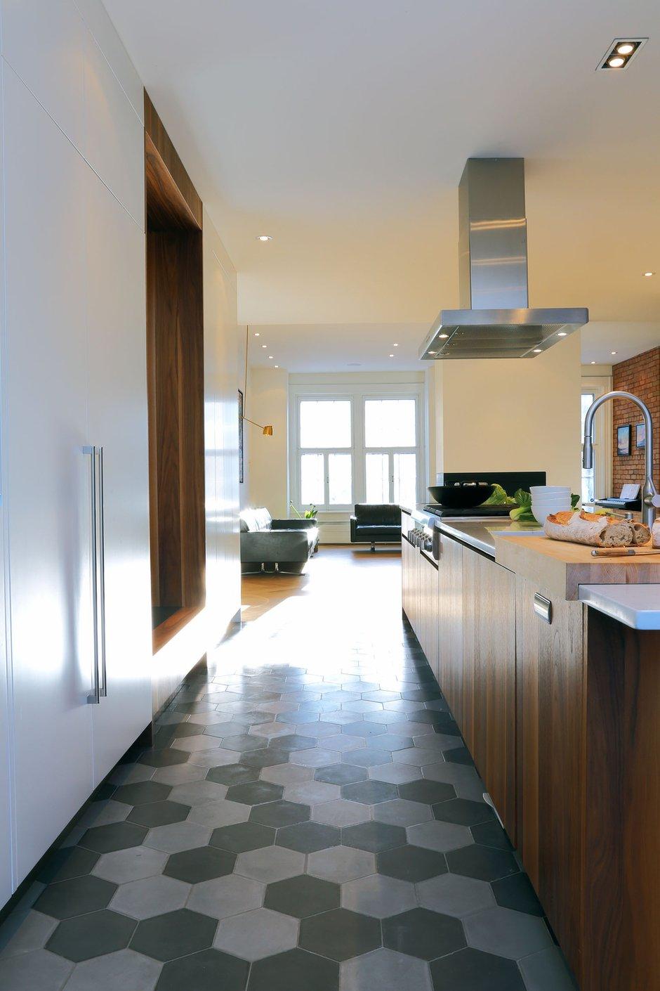 Фотография: Кухня и столовая в стиле Современный, Интерьер комнат – фото на INMYROOM