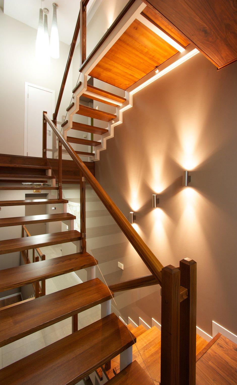 Фотография:  в стиле Современный, Дом, Планировки, Мебель и свет, Дома и квартиры, Мансарда – фото на INMYROOM